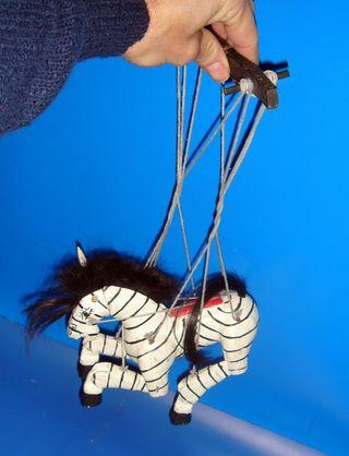 Marioneta de madera CEBRA decorativa buen estado