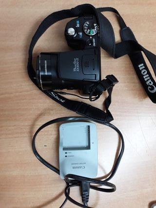 Cámara Canon poweshot XS500 IS