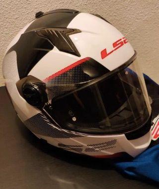 casco integral de moto ls2