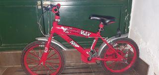se vende bicicleta en buen estado con sus roedines