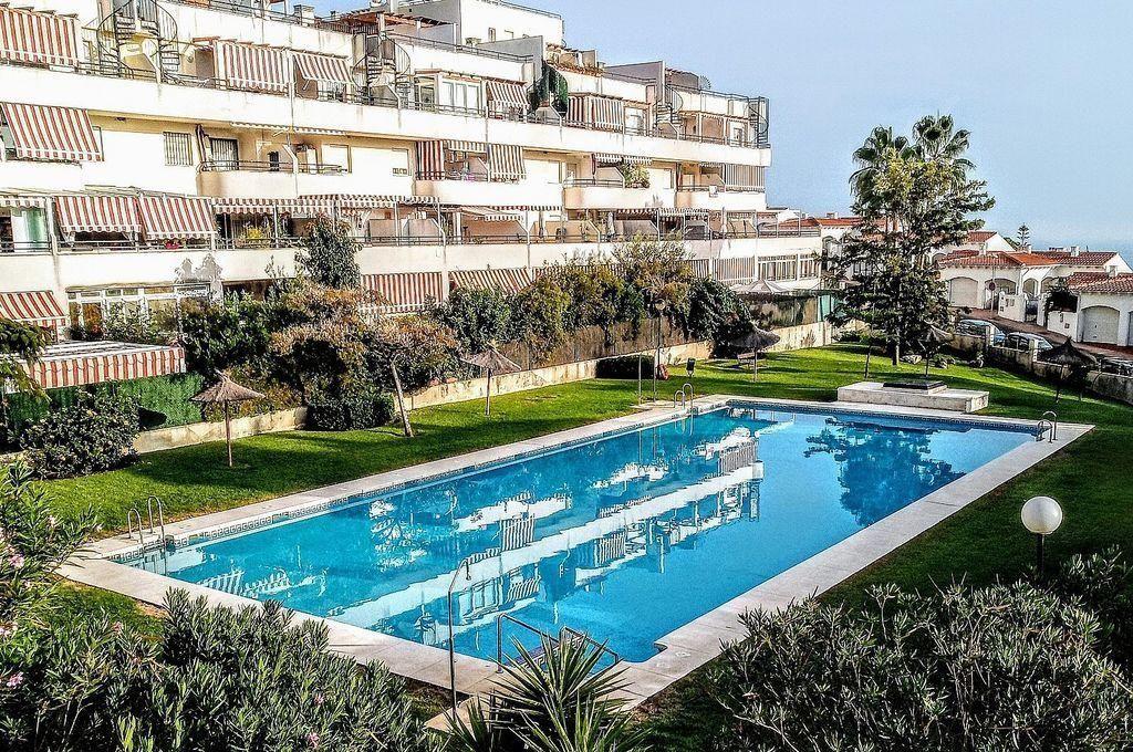 Apartamento en venta en Añoreta Golf - Paraíso del Sol en Rincón de la Victoria (Benagalbón, Málaga)