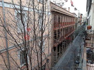 Piso en venta en Cortes - Huertas en Madrid