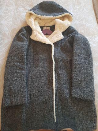 Abrigo de lana gris de Zara
