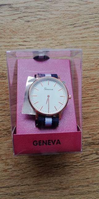 NUEVO Reloj de pulsera Geneva. Unisex.