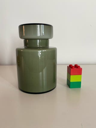Bote de cristal verde