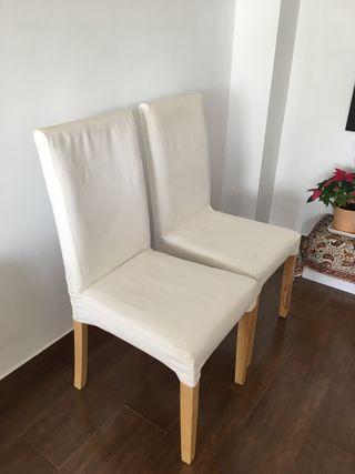 4 Sillas blancas patas de madera