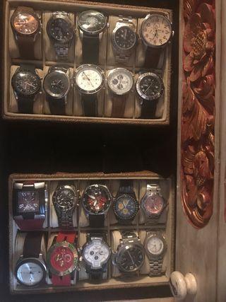 Oportunidad Relojes y mueble colección