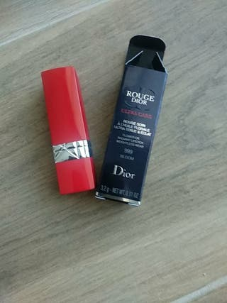 Rouge Dior 999. Ultra Care