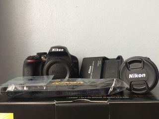 Cámara réflex Nikon d3400+objetivo 18-55 mm