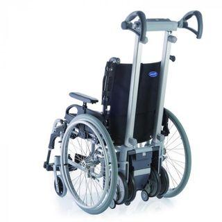 Máquina sube escaleras con silla de ruedas