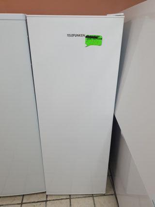 Congelador vertical Telefunken