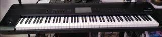 Piano Korg Krome 88 teclas + estuche rígido