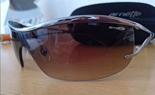 Gafas de sol de mujer Arnette