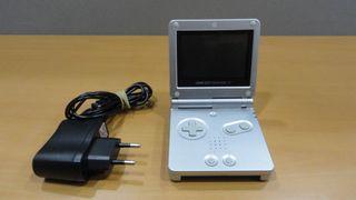 Consola Nintendo Game Boy Advance SP Plata