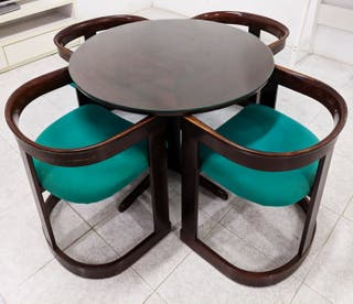 Mesa + 4 sillas vintage
