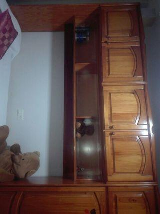 Dormitorio nido provenzal. Madera de pino maciza.
