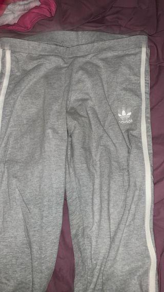 vendo pantalon adidas