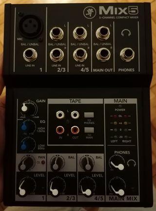 Mesa mezclas Mackie Mix 5