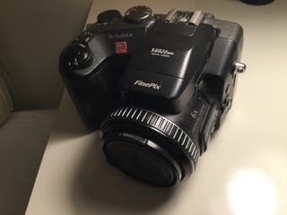 Cámara fotos digital Fuji FinePix S602