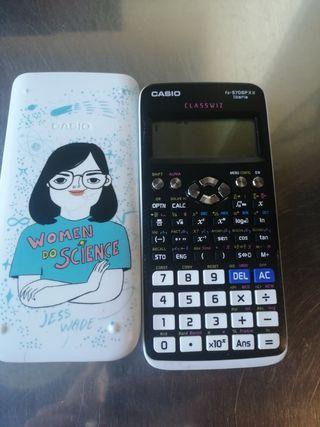calculadora científica Casio blanca pintada