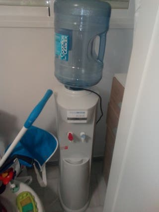 maquina dispensadora de agua acuaservis