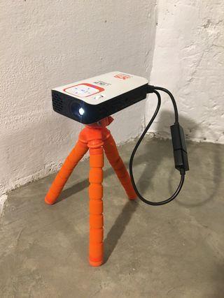 Mini proyector XSories Nomadic alta definicion