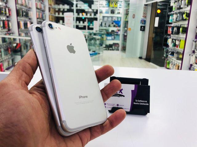 iPhone 7 32GB libre semi nuevo garantía