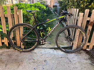 Cannondale carbono 29""