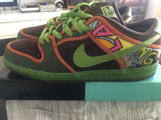 Nike dunk low dls