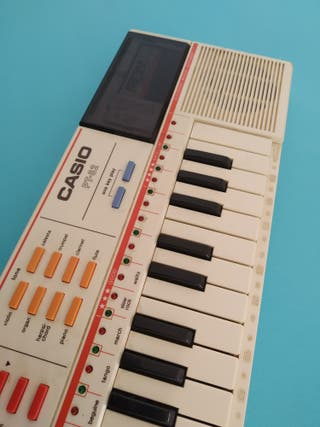 PIANO CASIO PT-82 INSTRUMENTO MUSICAL TECLADO