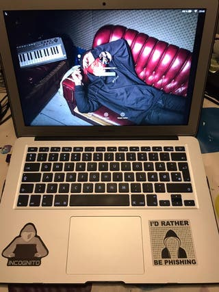 MacBook Air 2017 i5 8GB