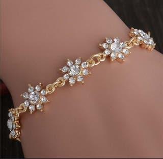 pulsera for en gollfille