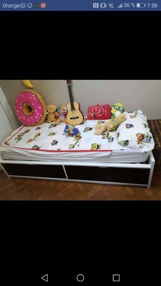 cama ikea con colchón