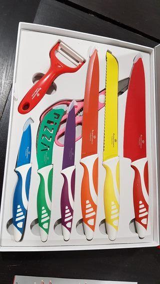 Set de Cuchillos Ceramicos.