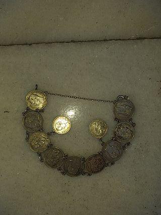 pulseras de plata de monedas