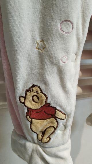Buzo bebé Disney con muy poco uso.Ropa bebé