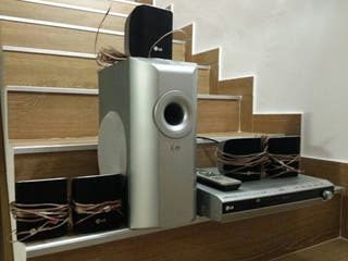 Home cinema 5.1 con reproductor LG