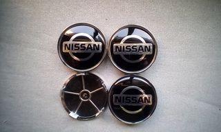 Tapabujes centro rueda Nissan gris negro 68mm.