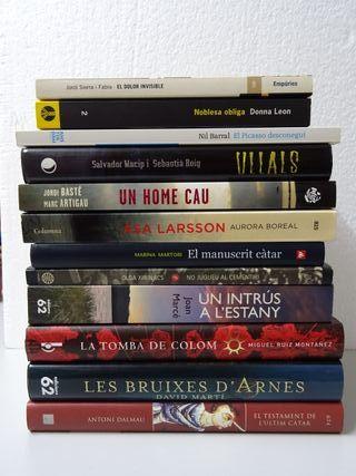 Llibres: 12 novel·les intriga - català (libros)