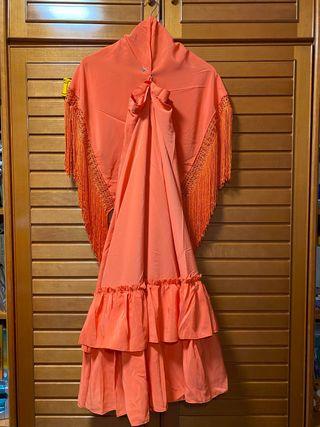 Conjunto flamenca falda y mantón sevillanas