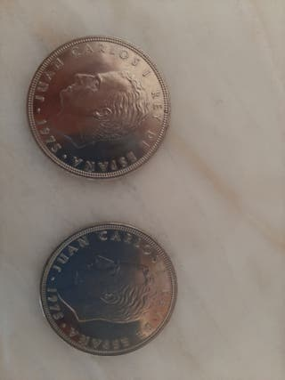 Dos monedas de 100 ptas