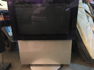 Bang Olufsen tv from 9000