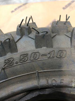 Lote 4 neumaticos para moto de cross 2.50-10
