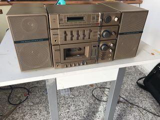 Bombox radio cassette marantz