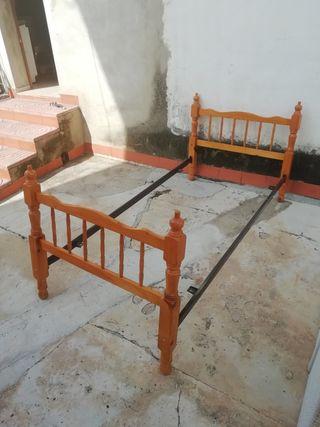 Estructura cama de pino