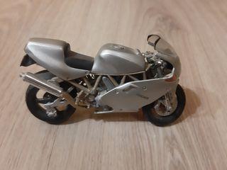 Lote de modelos de motos