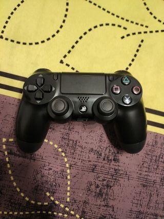 Mando PS4 poco usó perfecto estado