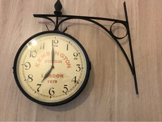 Reloj de decoración