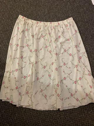 Ladies skirt size 20