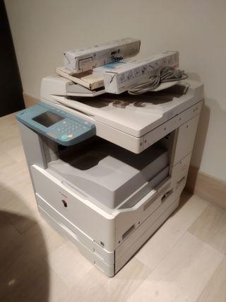 Fotocopiadora Canon IR 2025